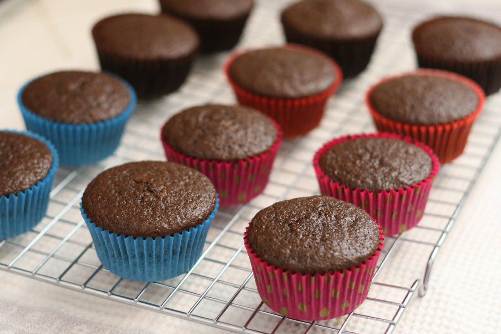 Cupcake Basics How To Bake Cupcakes