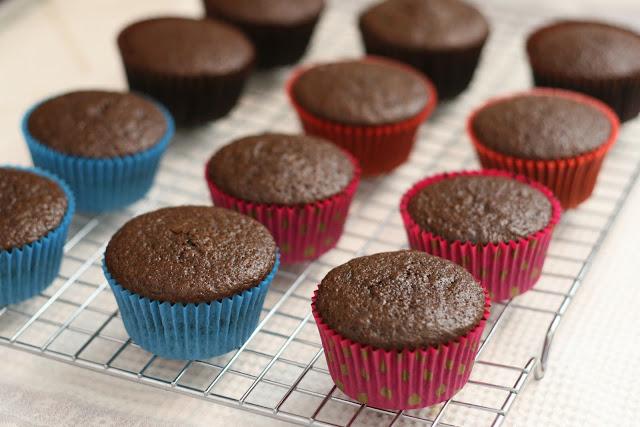 Cupcake Basics How To Bake Cupcakes Glorious Treats