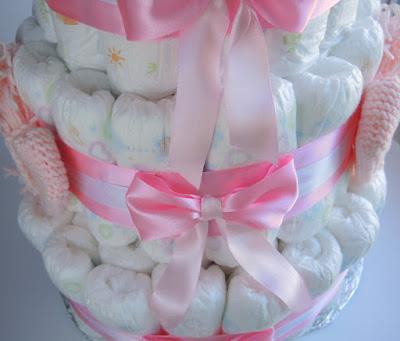 подарокноворожденному, подарок, diapers.jpg, diaper, cakes.jpg, gift.jpg, торт из памперсов, как сложить торт из памперсов, подгузники для торта, подарок новорожденному, что подарить родителям, молодые родители подарок, ! #тортизпамперсов #торт #памперсы #подарокноворожденному #подарок #diapers #diaper #cakes #gift