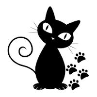 Huellas y gato simpático