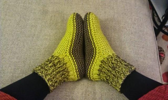 modeles simples de chaussons adultes a tricoter