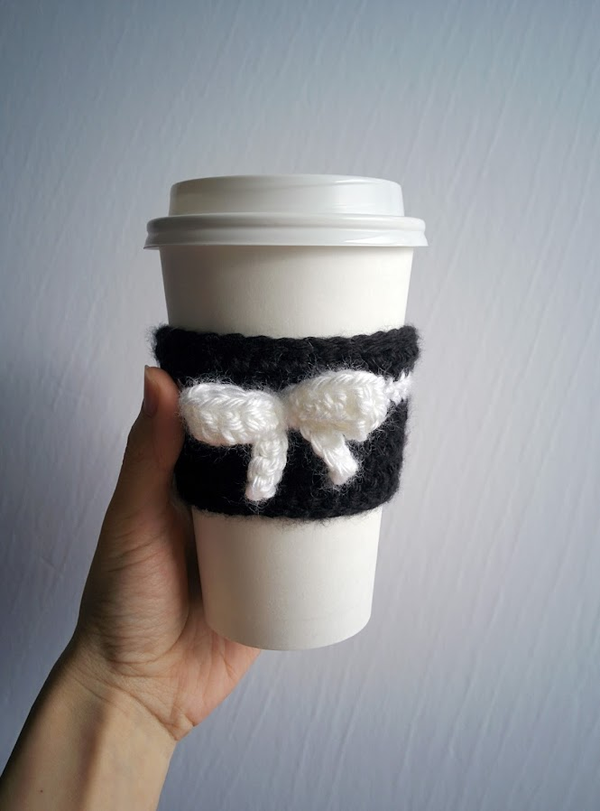 Spades & Bows Coffee Tea Cup Cozy
