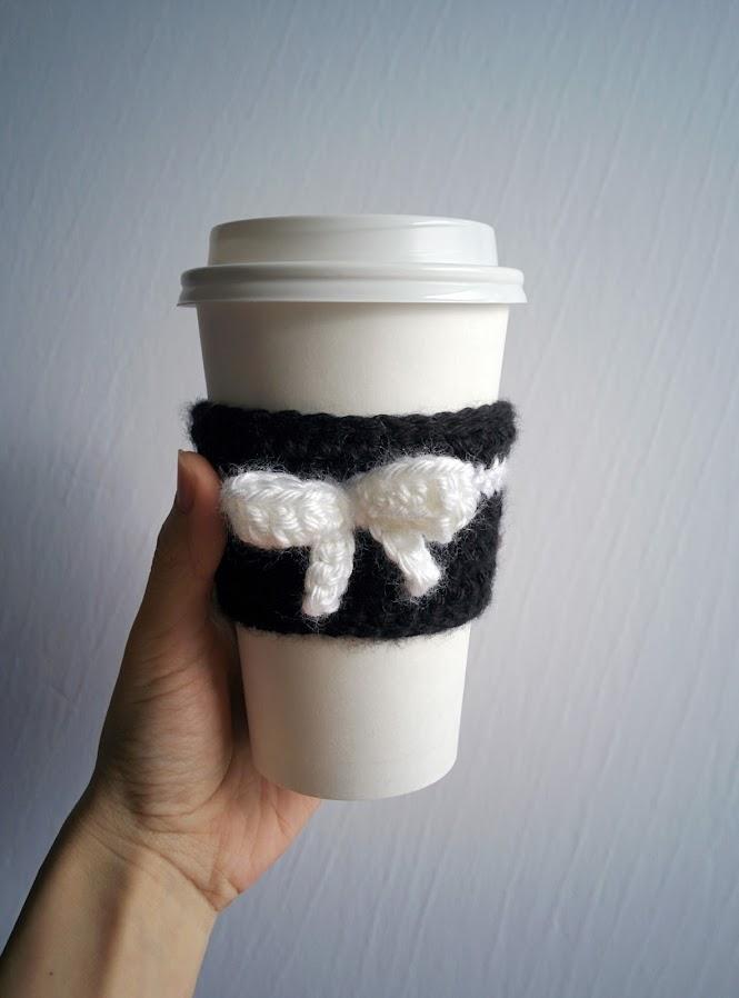 Spades & Bows Coffee Tea Cup Cozy