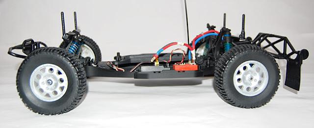 Team Associated SC10 roller