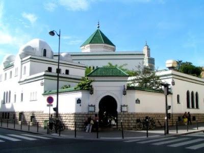 Prancis Akan Stop Dana Asing Pembangunan Masjid