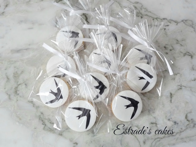 galletas de un vencejo decoradas con papel comestible 4