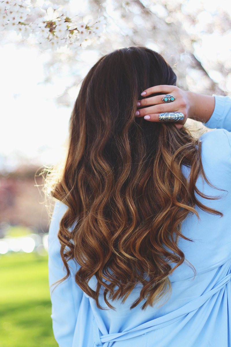 balayage hair, light hair ends, bohemian silver rings