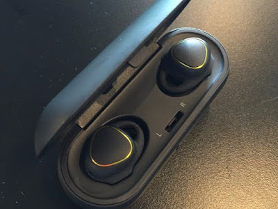 'Samsung's Gear IconX' new wireless headphones work on the iPhone 7
