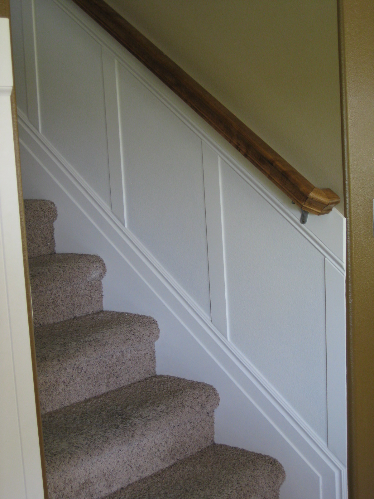 Stairs To Success: TDA Decorating And Design: Stairwell Board & Batten Tutorial