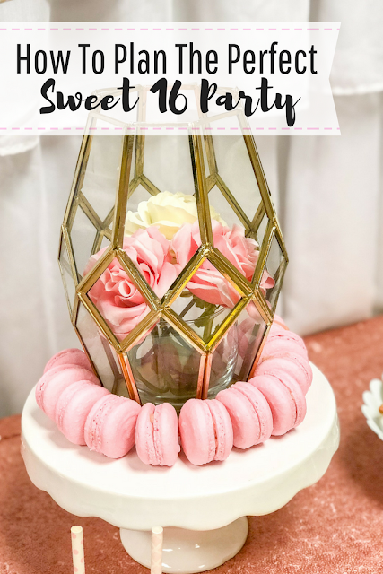 How to plan the perfect Sweet 16 party. Pink and gold Sweet 16 party ideas. Dessert table ideas. Photo booth backdrop for Sweet 16 party. Pink and gold Sweet 16.