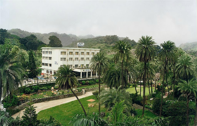 Hotel Hillock Mount Abu Rajasthan provides you a contented stay.