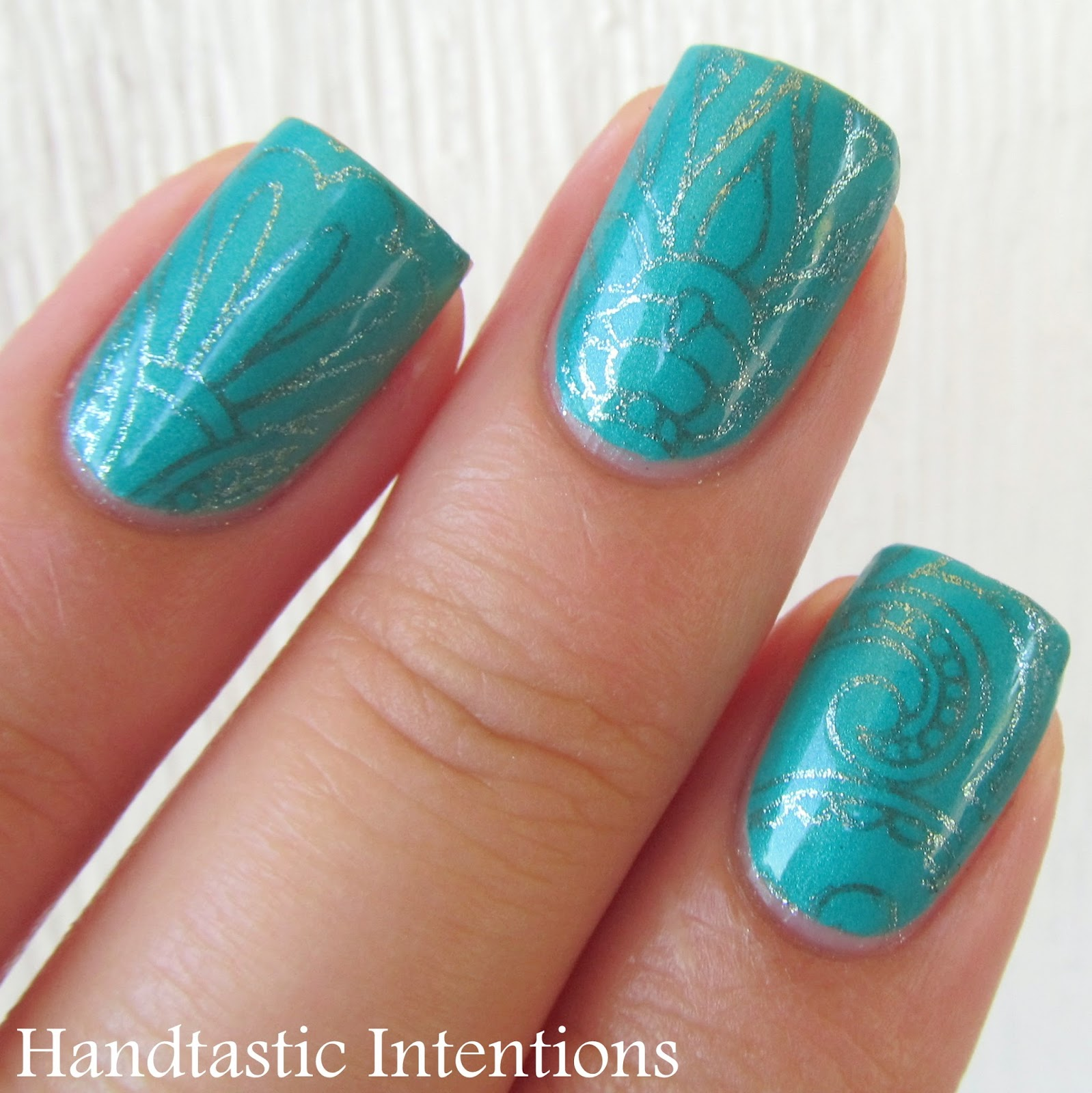 Turquoise Stiletto Nail Art: Handtastic Intentions: Nail Art: Turquoise Stamping