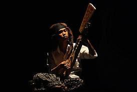 Lagu tradisional Makassar lirik losquin