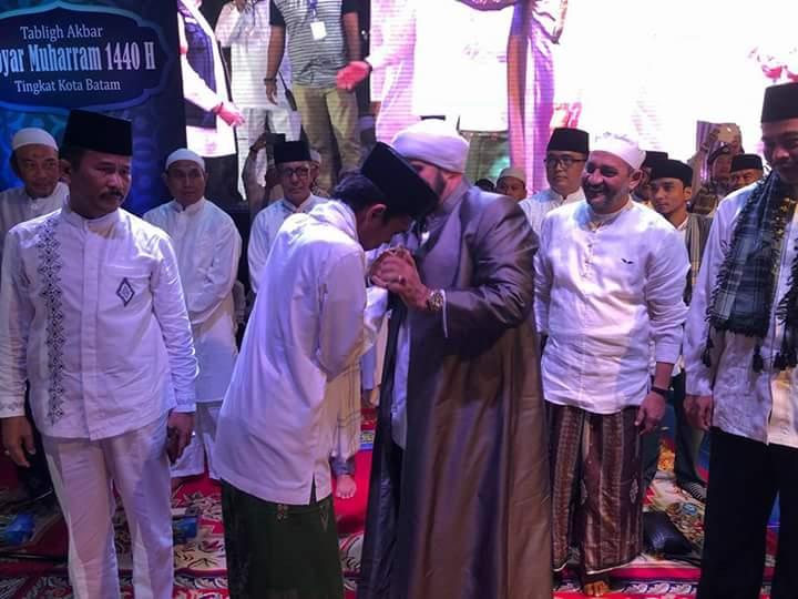 Peringatan Keras Ustadz Somad Untuk Pencatut Namanya Sebagai Jurkam