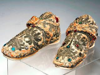 Thomas Heel Shoes