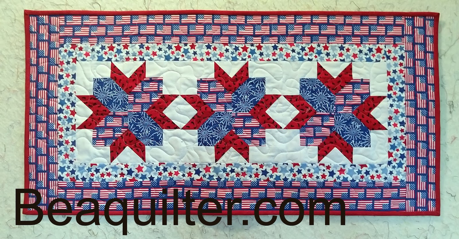 Peachy Beaquilter A Patriotic Table Runner Is Done Home Interior And Landscaping Eliaenasavecom