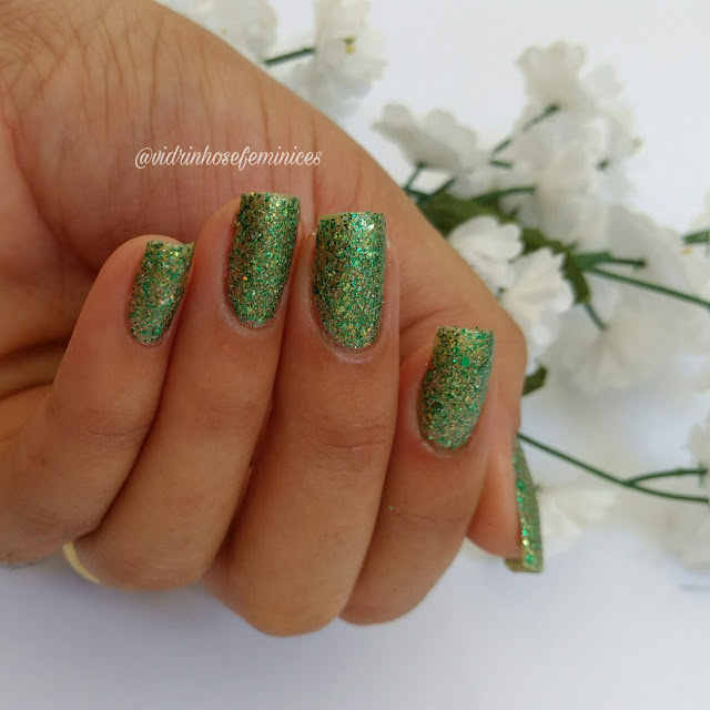 Esmalte whatcha verde e top beauty