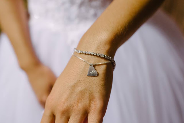 casamento real, casamento real Rafaela e Lucas, dia da noiva, making of, noiva, lembrancinha, madrinha, presente, madrinhas, joia, pulseira, pingente