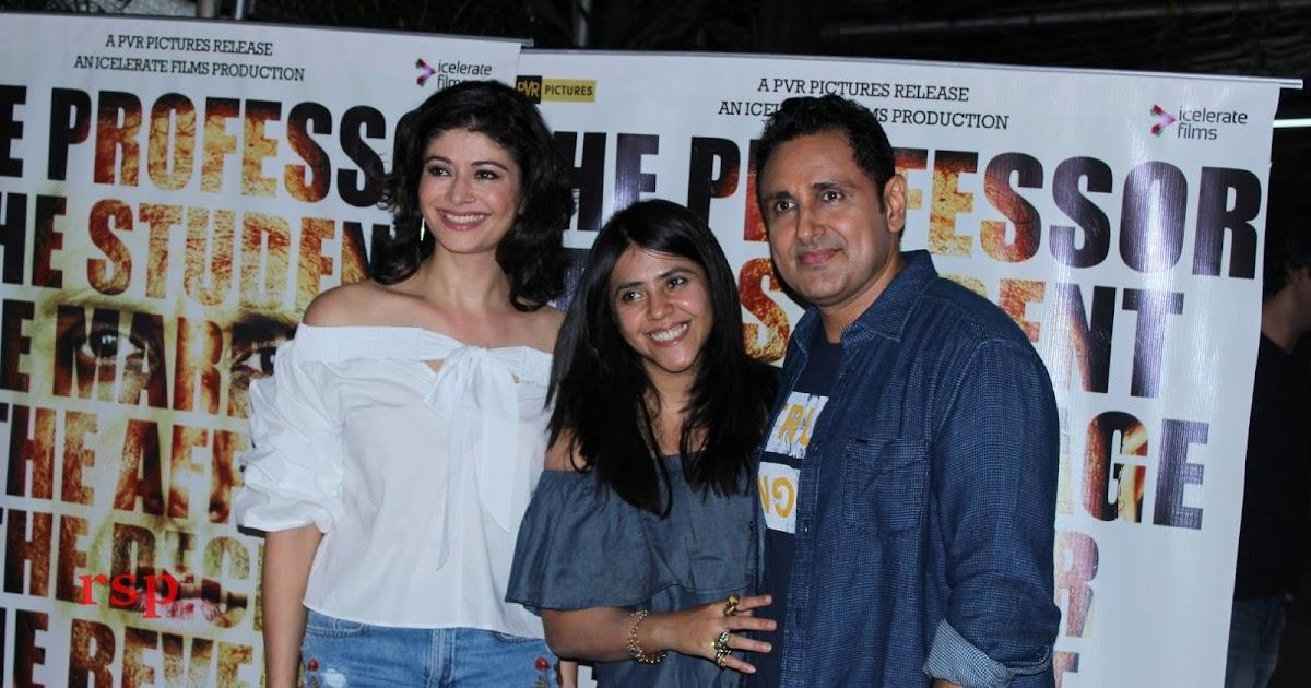 Pooja+Batra+%26+Ekta+Kapoor+At+Special+S