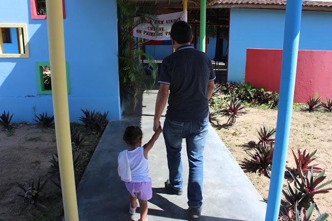 Prefeito de Umbuzeiro, Nivaldo Araújo, visita Escolas Municipais