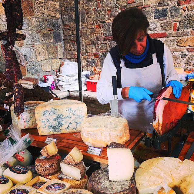 San-Gimignano-Market