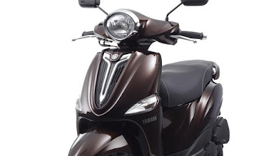 Yamaha D'elight Scooter front image