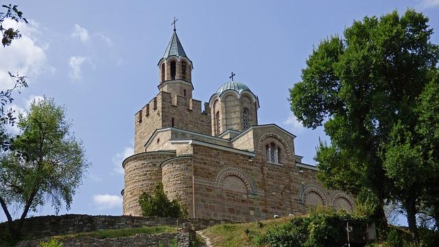 Iglesia de la fortaleza de Tsarevets  Veliko Tarnovo Bulgaria