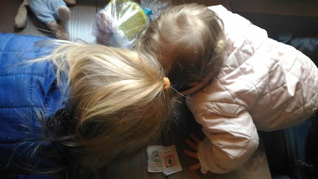 Come organizzarsi con due bambini piccoli a casa