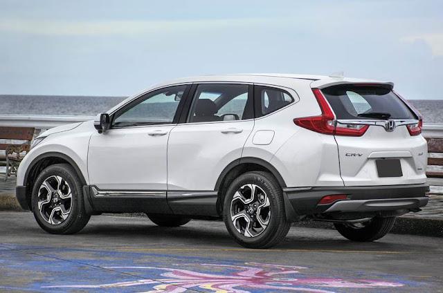 All New 2018 Honda CR-V Side Profile
