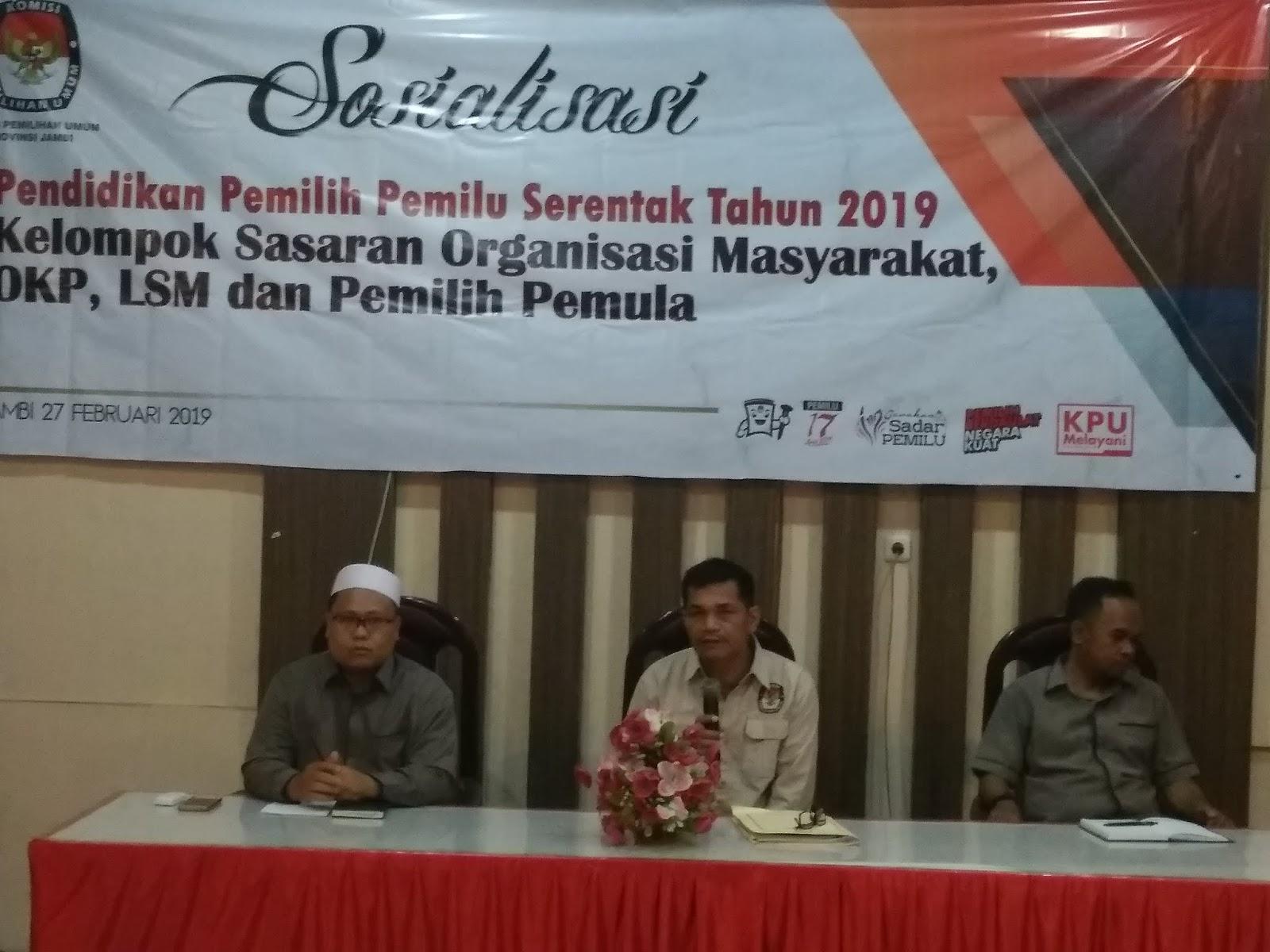 KPUD Provinsi Jambi Gelar Sosialisasi Pendidikan Pemilih Pemilu Serentak Bagi Ormas, OKP, LSM Dan Pemilih Pemula.