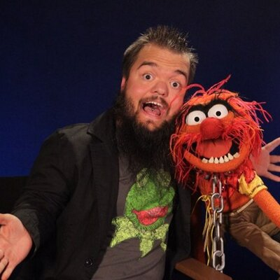 Hornswoggle age, wife, father, weight, family, wwe, wrestler, friends, finlay leprechaun, toys, dylan postl, wiki, biography