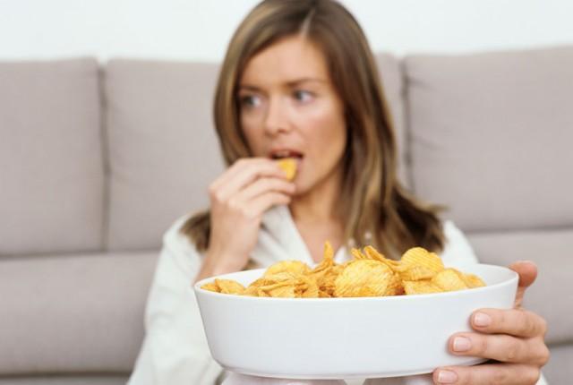 Mengenal Misophonia, Rasa Benci Terhadap Suara Kriuk Makanan