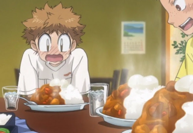 escenas del anime comen arroz con curry
