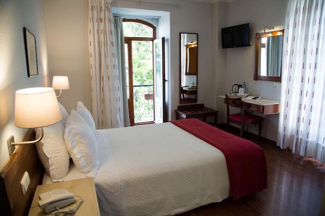 Hotel Solaris em Setúbal - quarto