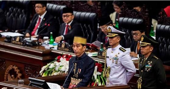 Jokowi Sebut Telah Turunkan Angka Kemiskinan