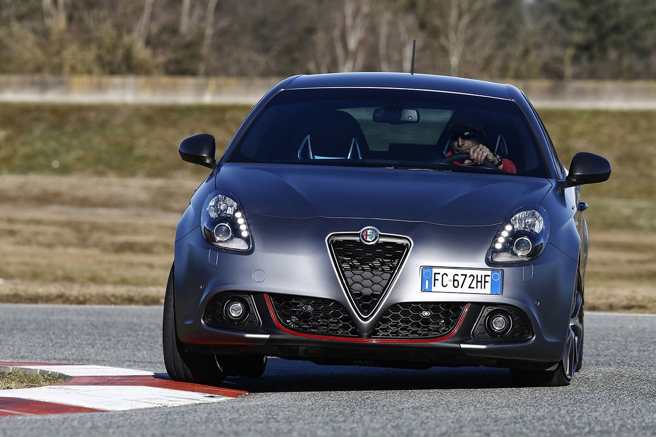 Nuova Giulietta 02 Γιατί η Alfa Romeo Giulietta άλλαξε... πρόσωπο alfa romeo, Alfa Romeo Giulietta