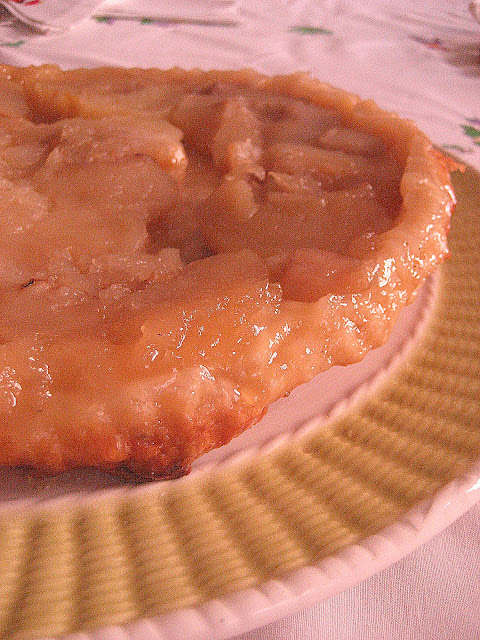traditional French dessert, tarte tatin, tatin, dessert