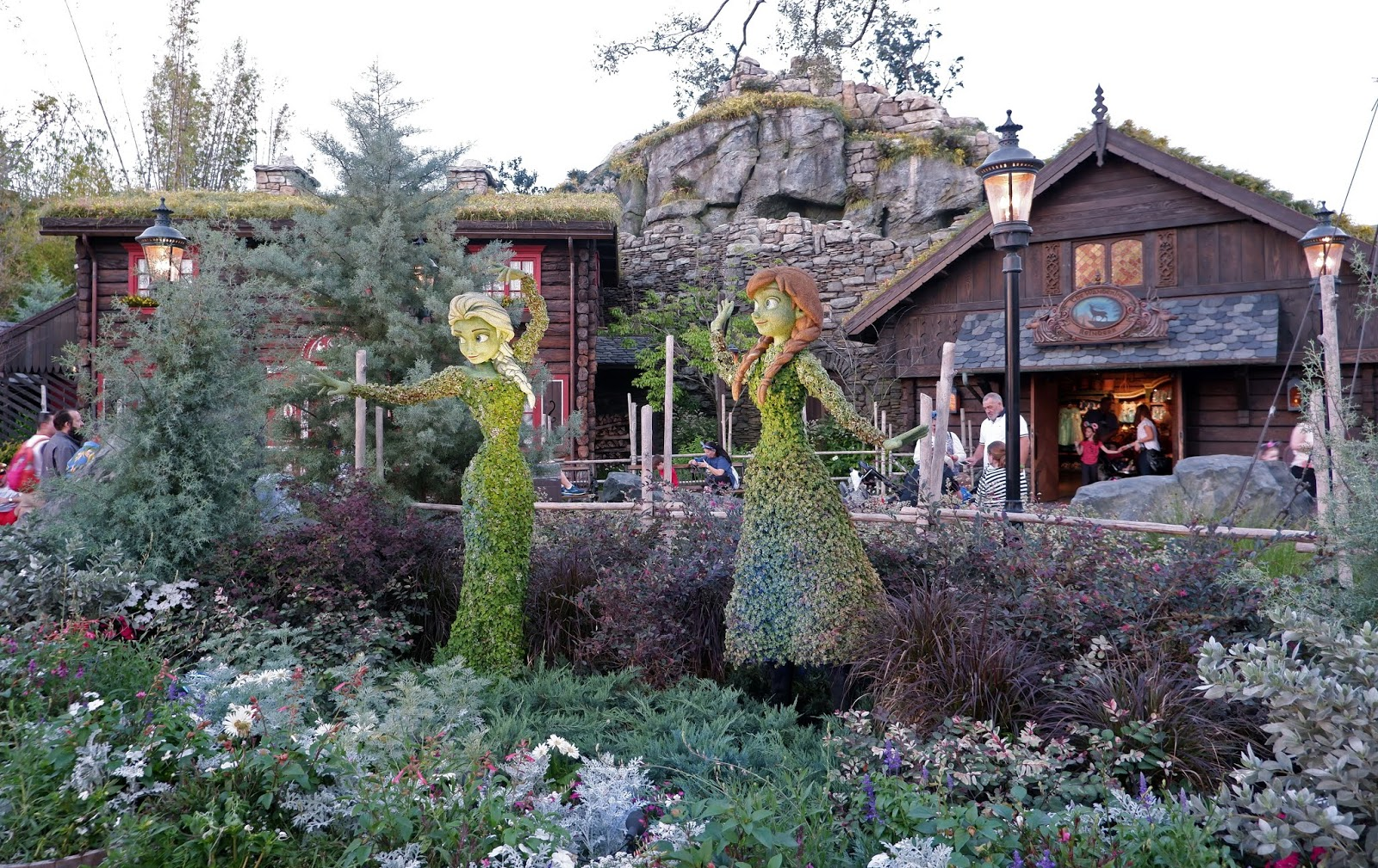 Elsa and Anna topiaries at the 2019 Epcot International Flower and Garden Festival