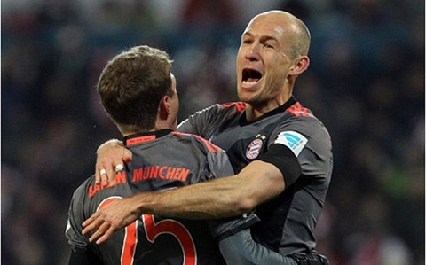 Lewandowski là người hùng của trận đấu