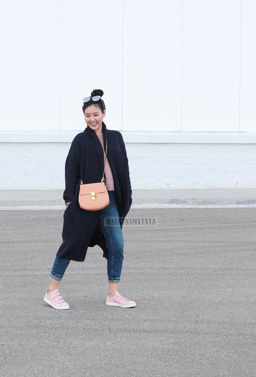 Pink Neutrals OOTD: Topshop Mom Jeans, Chloe Drew, Adidas Stan Smith Blogger Style