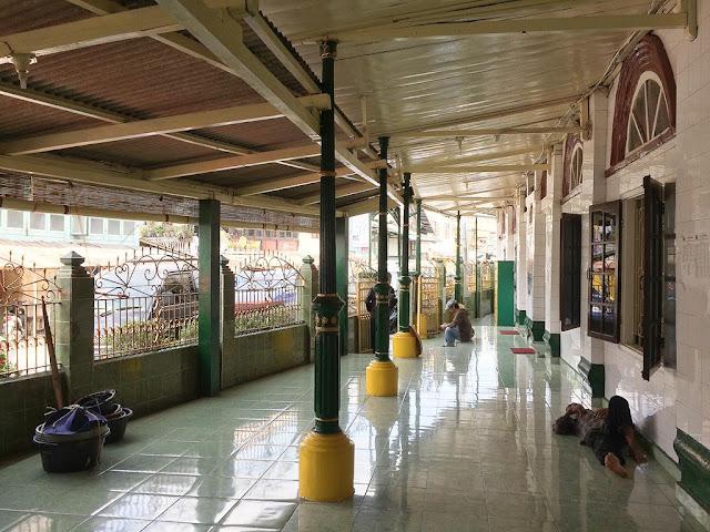 masjid besar al-mahmudiyah ilir palembang