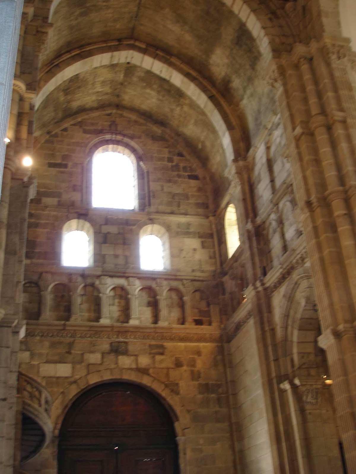 Artventures: Roman Arches, Vaults and Romanesque Churches
