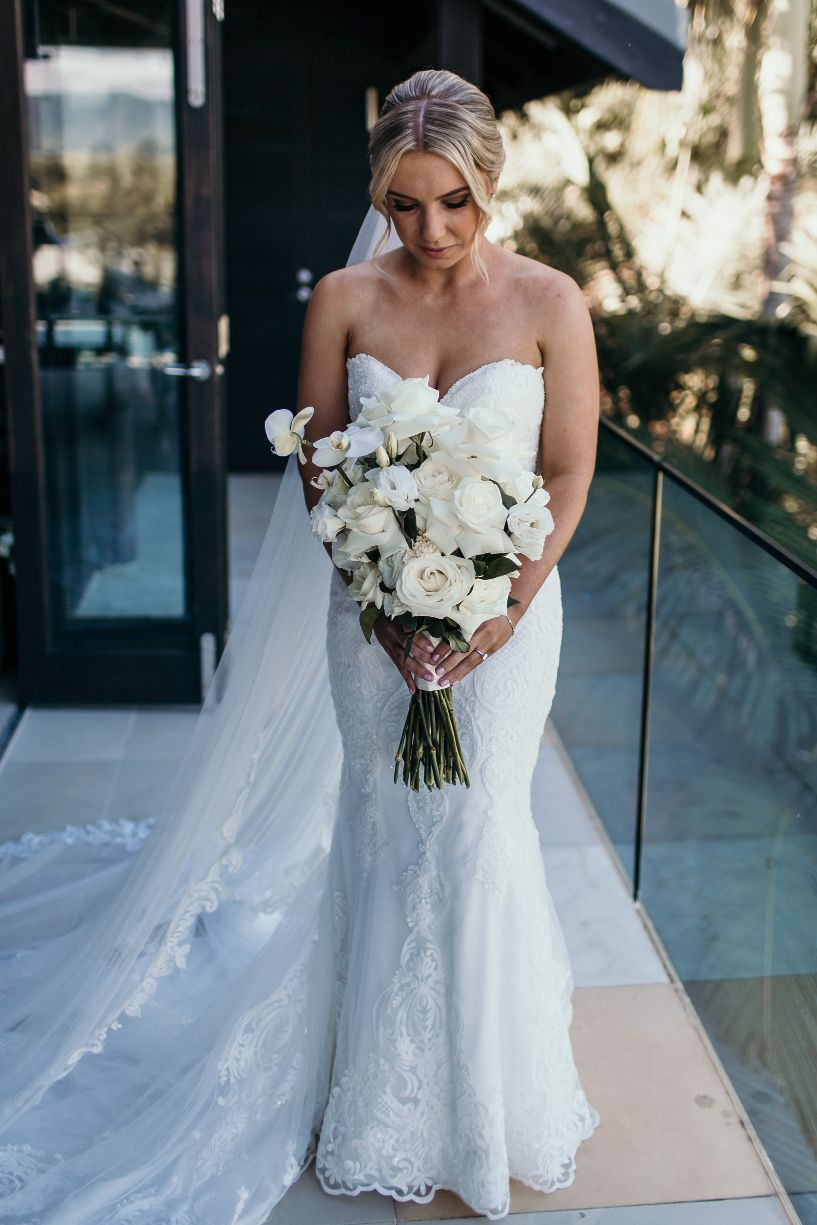 lucie weddings cairns wedding flowers floral designer photography bridal bouquet