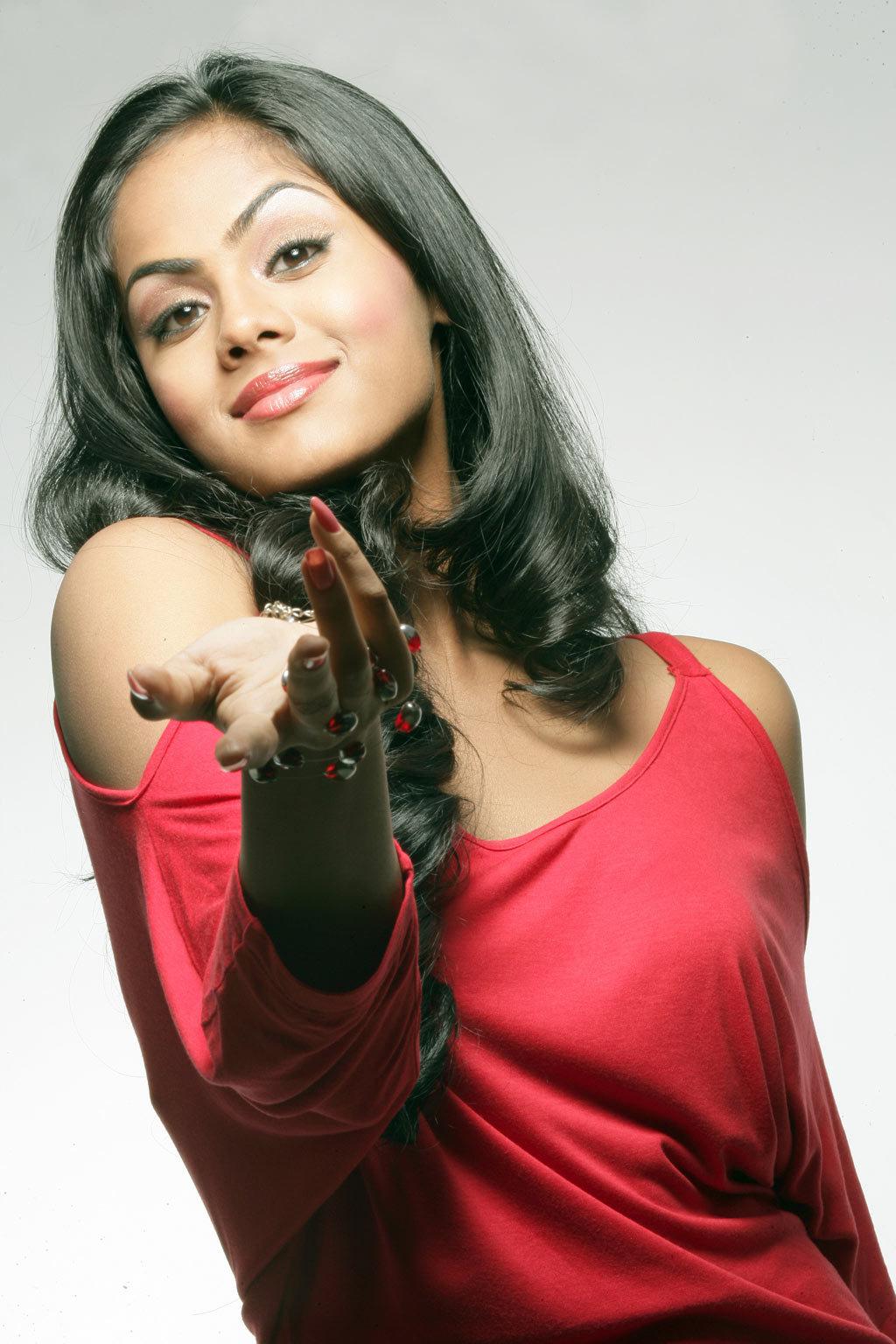 Skepseissss Lydia Actress Karthika