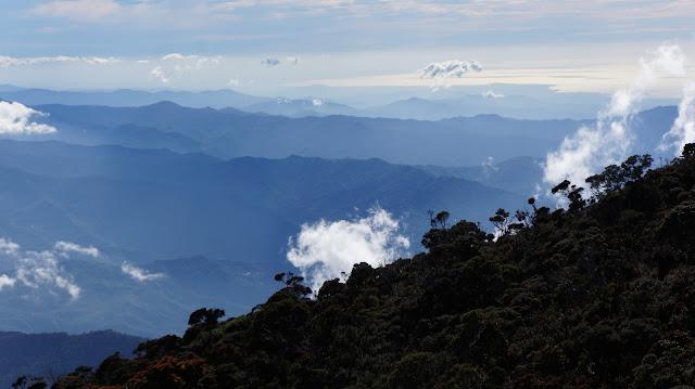 Caminata a la cima del monte Kinabalu