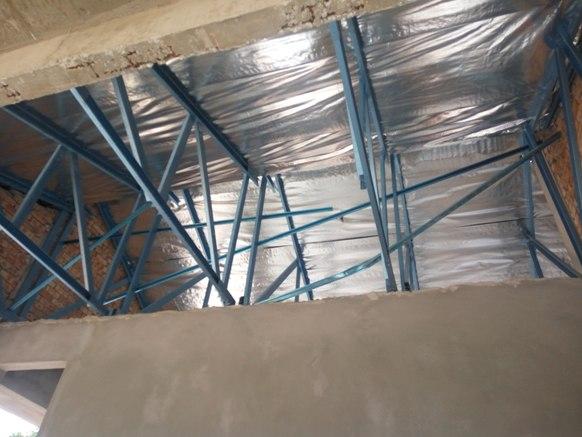 Insulasi bawah bumbung rumah banglo