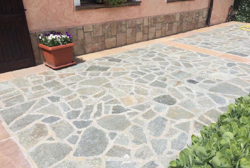 Pavimenti in pietra naturale