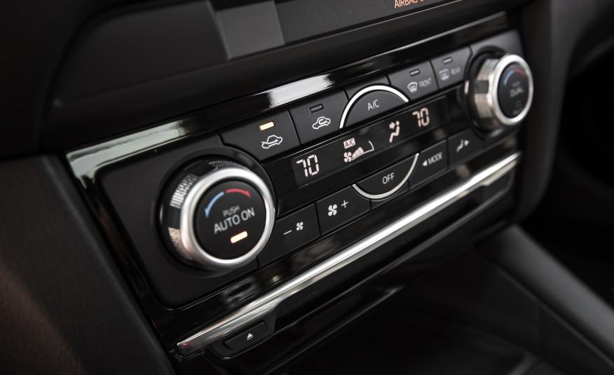 Các nút điều khiển trực quan, dễ sử dụng