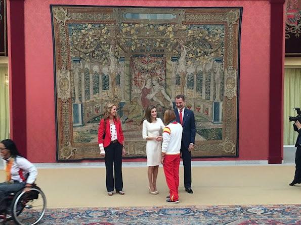 Rio 2016 Olympic and Paralympic medalists at El Pardo Palace, Letizia wore Felipe Varela Dress