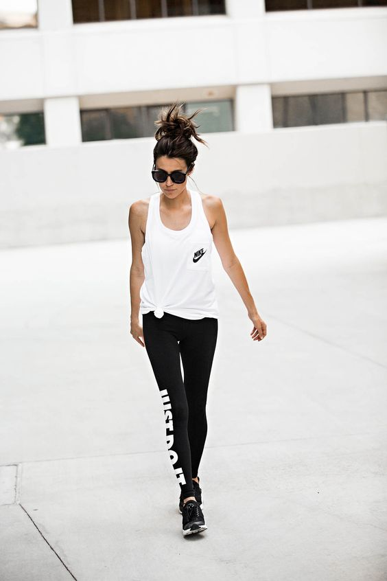 Christine Hello Fashion Nike Tank + leggings